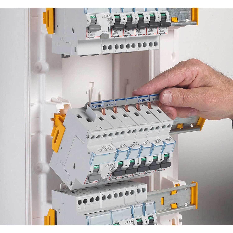 Tableau électrique équipé et précâblé legrand 3 rangées 39 modules