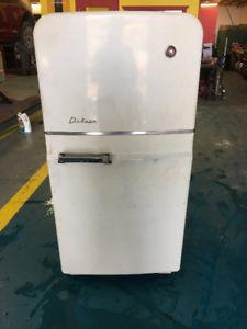 Refrigerateur vintage kijiji
