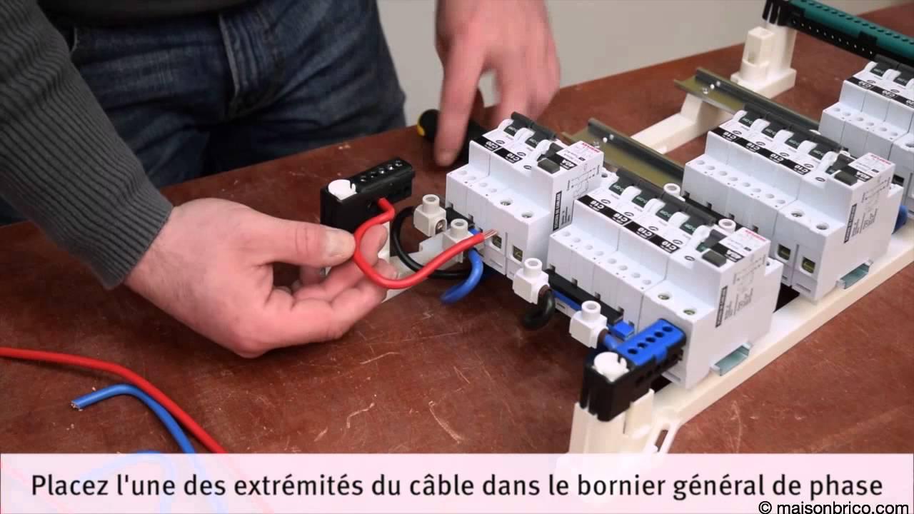 Comment remplacer un coffret electrique