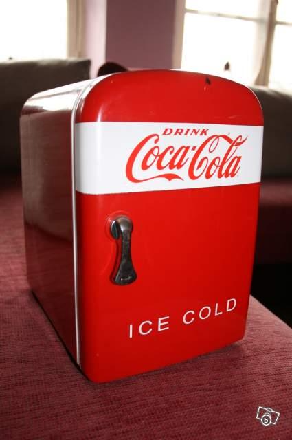 Captivant Refrigerateur Vintage Coca Cola
